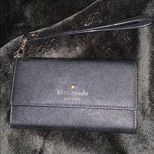 Black Kate Spade wristlet